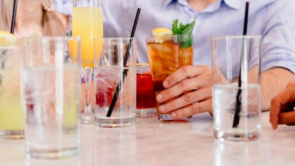 Las bebidas más populares para este verano y sus beneficios