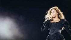 Beyoncé durante su concierto en Barcelona (Foto: EFE)