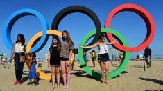 La playa de Copacabana es la joya de Río.