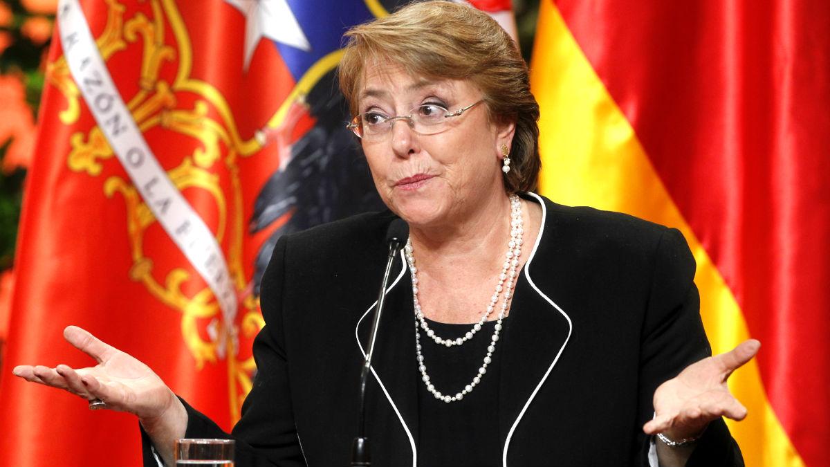 Michelle Bachelet en una rueda de prensa (Foto: AFP).