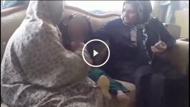 Una niña de seis años es obligada a casarse con un hombre de 55 a cambio de una cabra