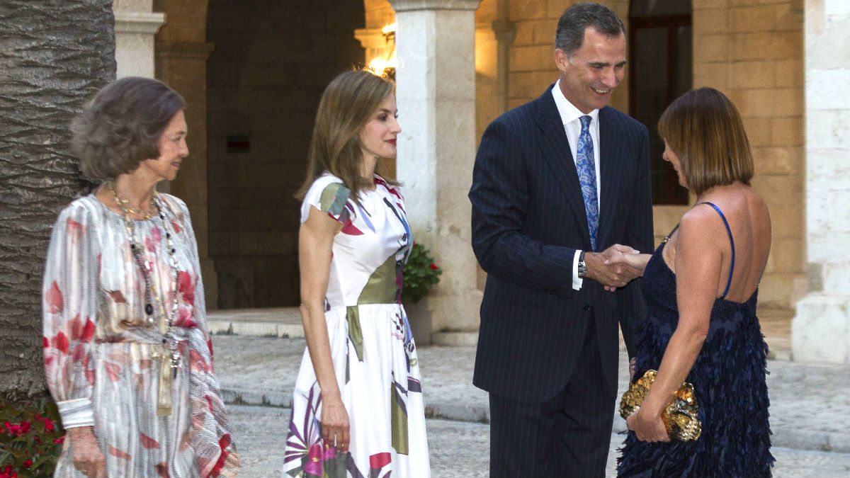 Los reyes de espa a se abren a la sociedad balear en su - Casa de los reyes de espana ...