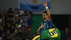 Djokovic se despide de Rio de Janeiro tras su derrota contra Del Potro. (Foto: AFP)