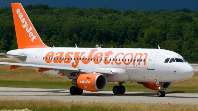 EasyJet se une a Ryanair y exige un acuerdo para no cancelar los vuelos entre Reino Unido y la UE
