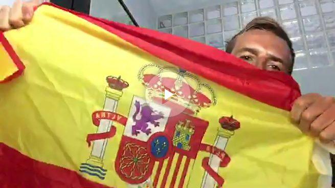 Okjeda llama «tontos» a TV3 por cambiar la bandera española por la catalana… y le cuelgan
