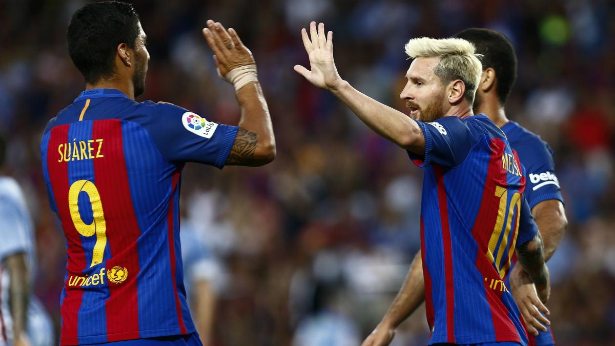 Messi y Luis Suárez celebran un gol con el Barça