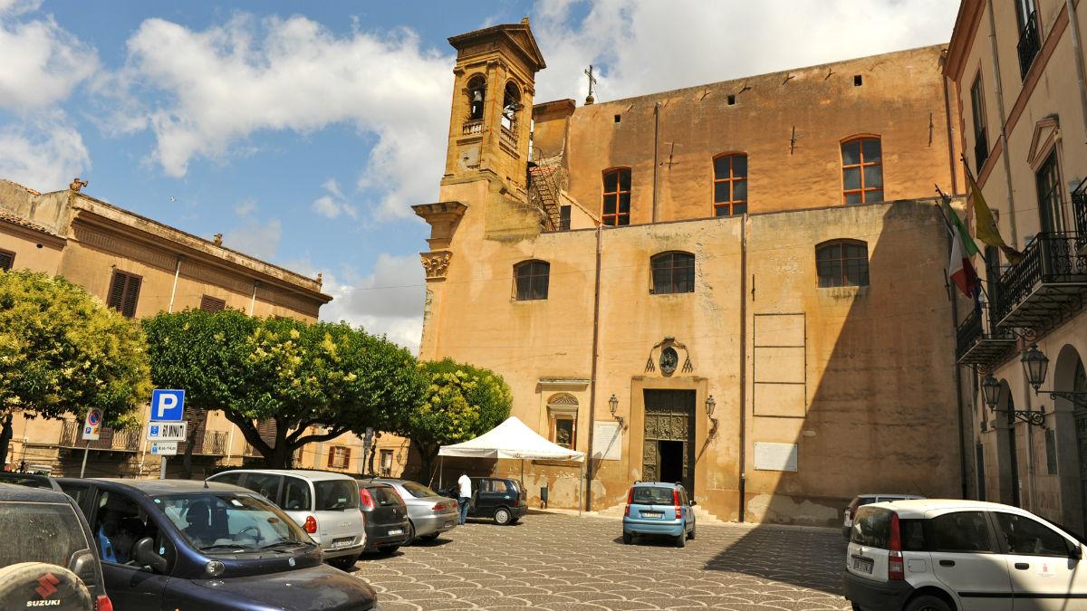 Plaza principal de Corleone, Sicilia. (Marko Derksen / Flickr)