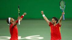 Rafa Nadal y Marc López lucharán por el oro en dobles. (Getty)