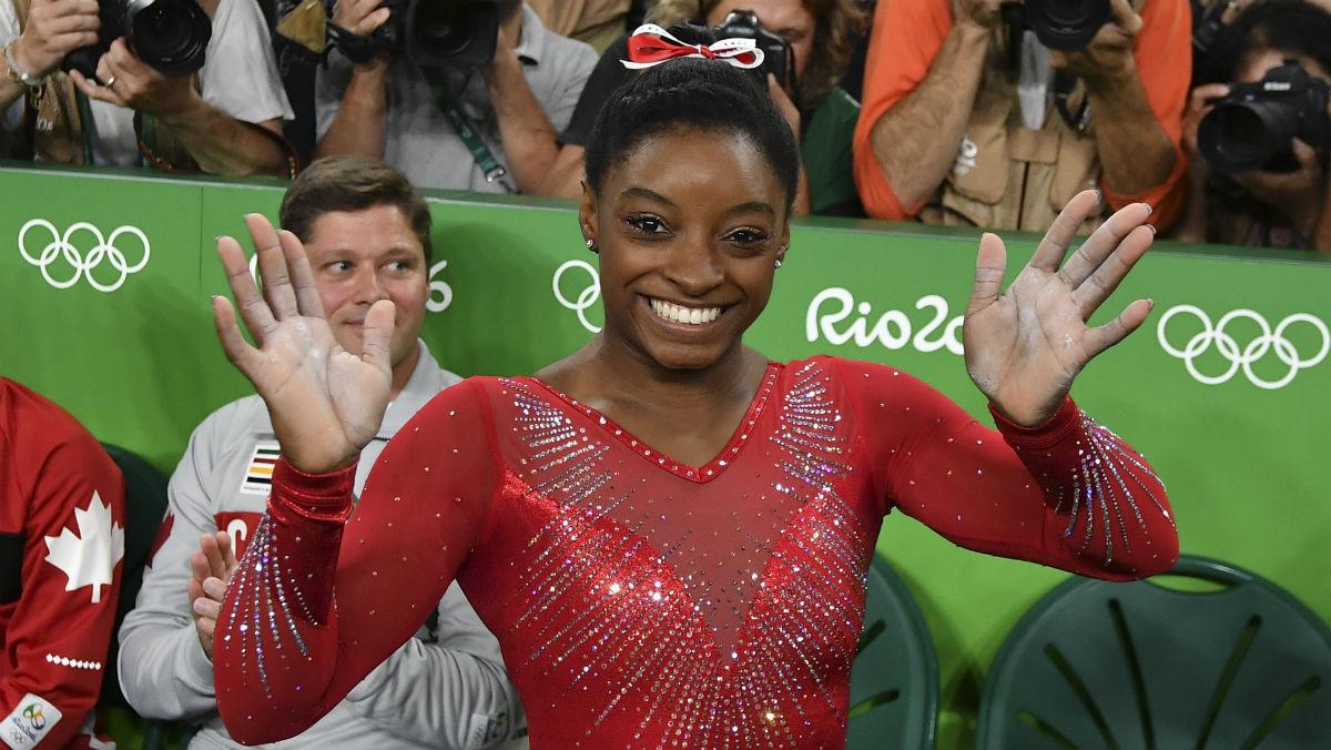 Simone Biles es la sensación de la gimnasia. (AFP)