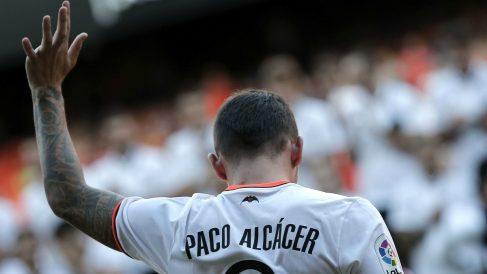 Paco Alcacer, durante la presentación del Valencia