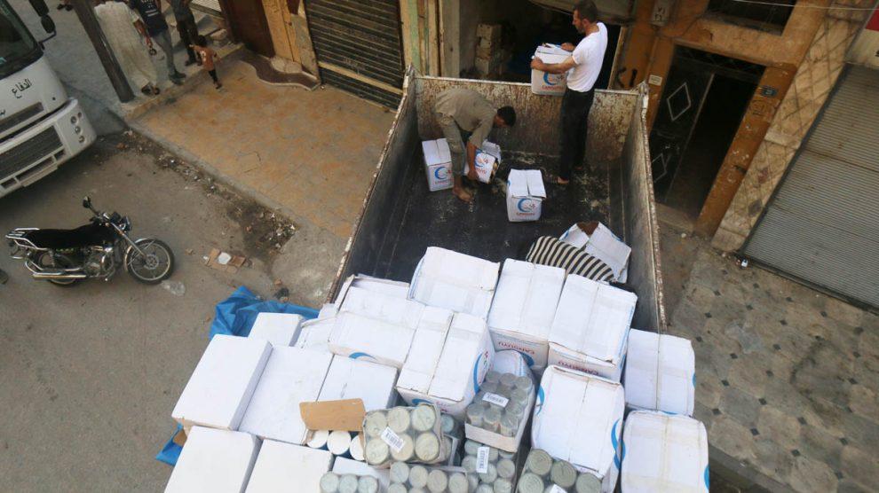 Ayuda humanitaria llega a la ciudad de Alepo en Siria (Foto: Reuters)
