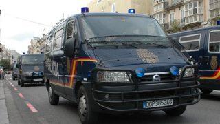 Furgones de la Policía Nacional. (Foto: Cuerpo Nacional de Policía)
