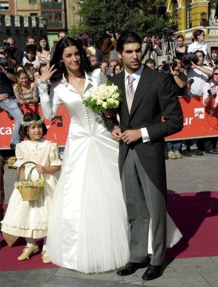 Cayetano rivera acercamiento a su hija luc a for Hija de blanca romero y cayetano rivera