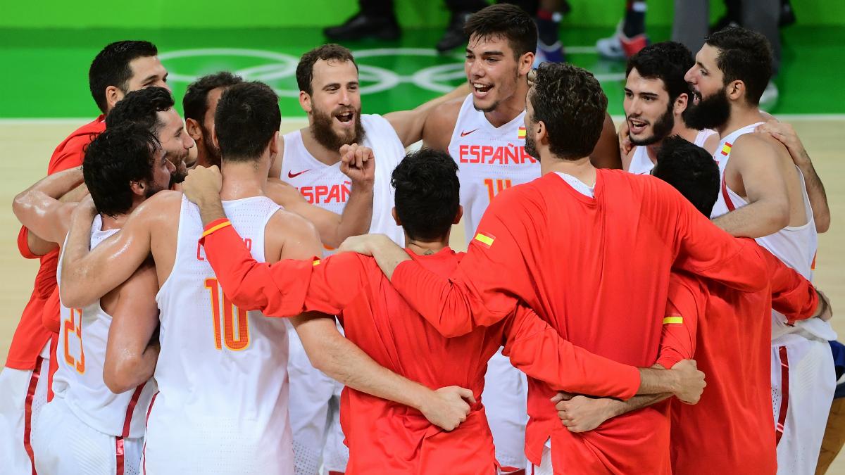 La selección española celebra el pase a semifinales de los Juegos. (AFP)