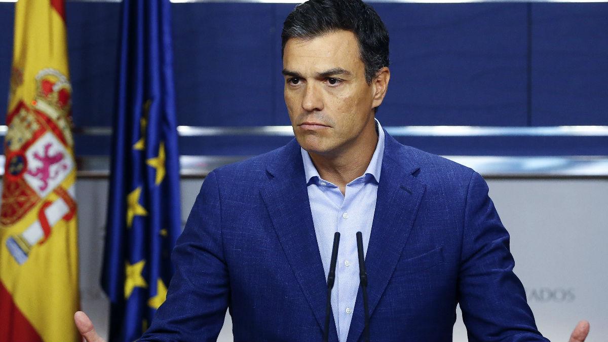El secretario general del PSOE, Pedro Sánchez, en rueda de prensa en el Congreso.
