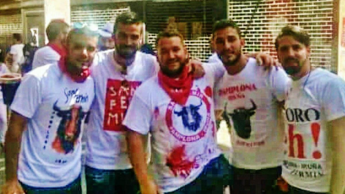 Los cinco amigos de 'la Manada' juzgados por la presunta violación durante los Sanfermines de 2016. | La Manada