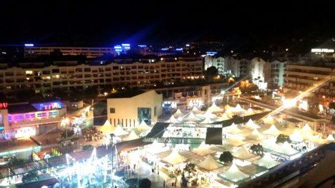 Vista aérea del recinto portuario donde se instala el mercadillo.