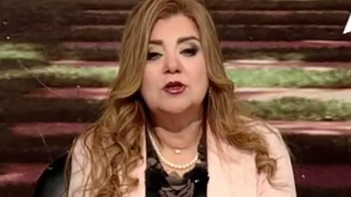 Una presentadora de la TV estatal egipcia.