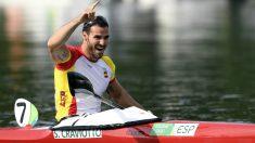 Saúl Craviotto celebra su bronce en K-1 200. (AFP)