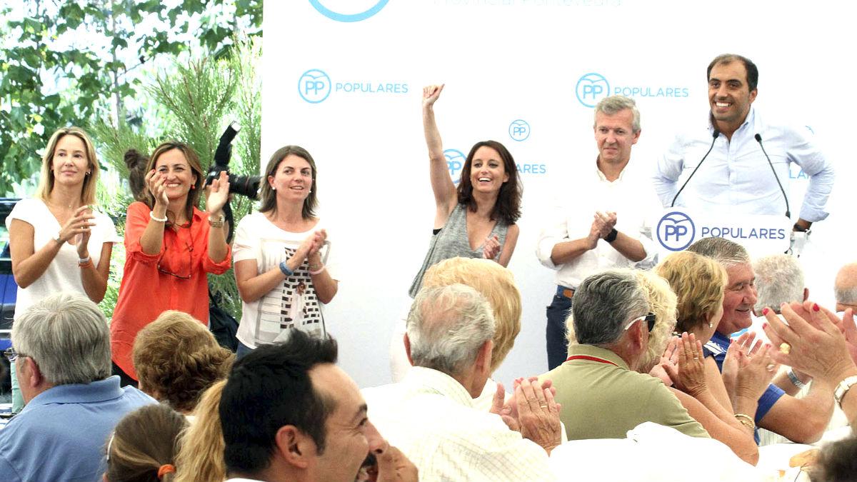 Andrea Levy en un acto del PP este domingo en Pontevedra (Foto: Efe).