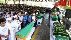 Funeral por las víctimas del atentado (Foto: AFP).