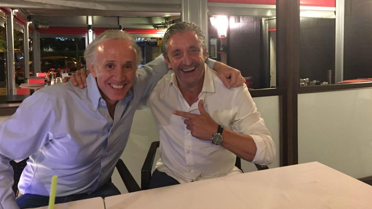 Eduardo Inda posa junto a Josep Pedrerol.