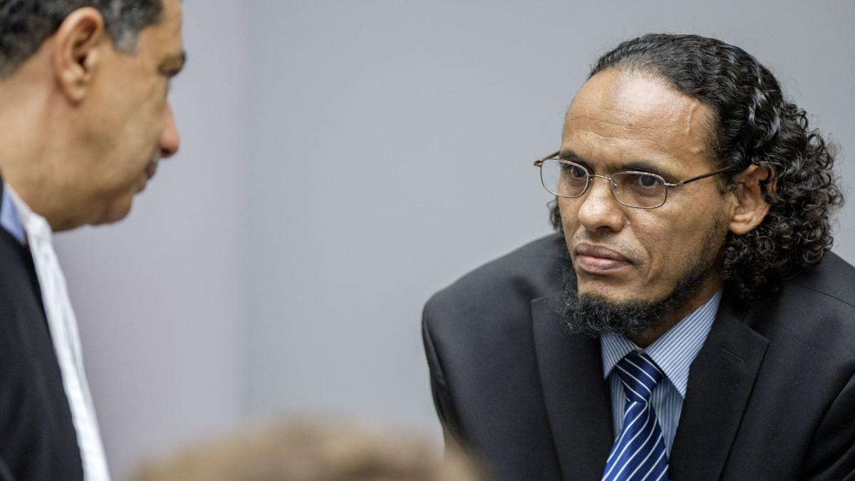 Ahmad al Faqi al Mahdi durante el juicio en el Tirbunal de La Haya. (Foto: AFP)
