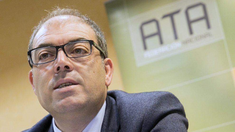 El presidente de la Asociación de Trabajadores Autónomos (ATA), Lorenzo Amor. (Foto: EFE)