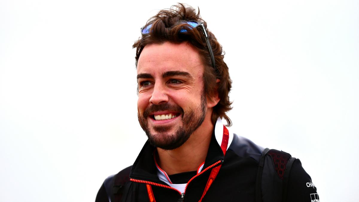 Fernando Alonso quiere seguir mejorando en Spa. (AFP)