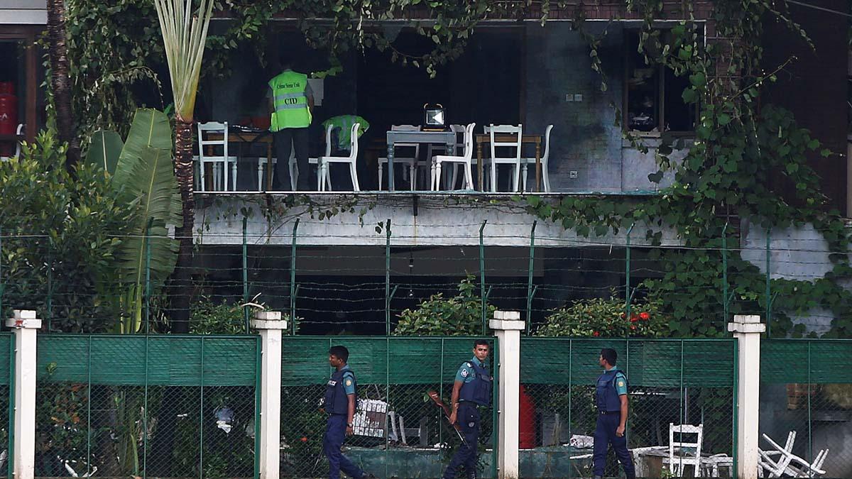 Ataque yihadista a una cafetería en Bangladesh el verano de 2016 (Foto: Reuters)