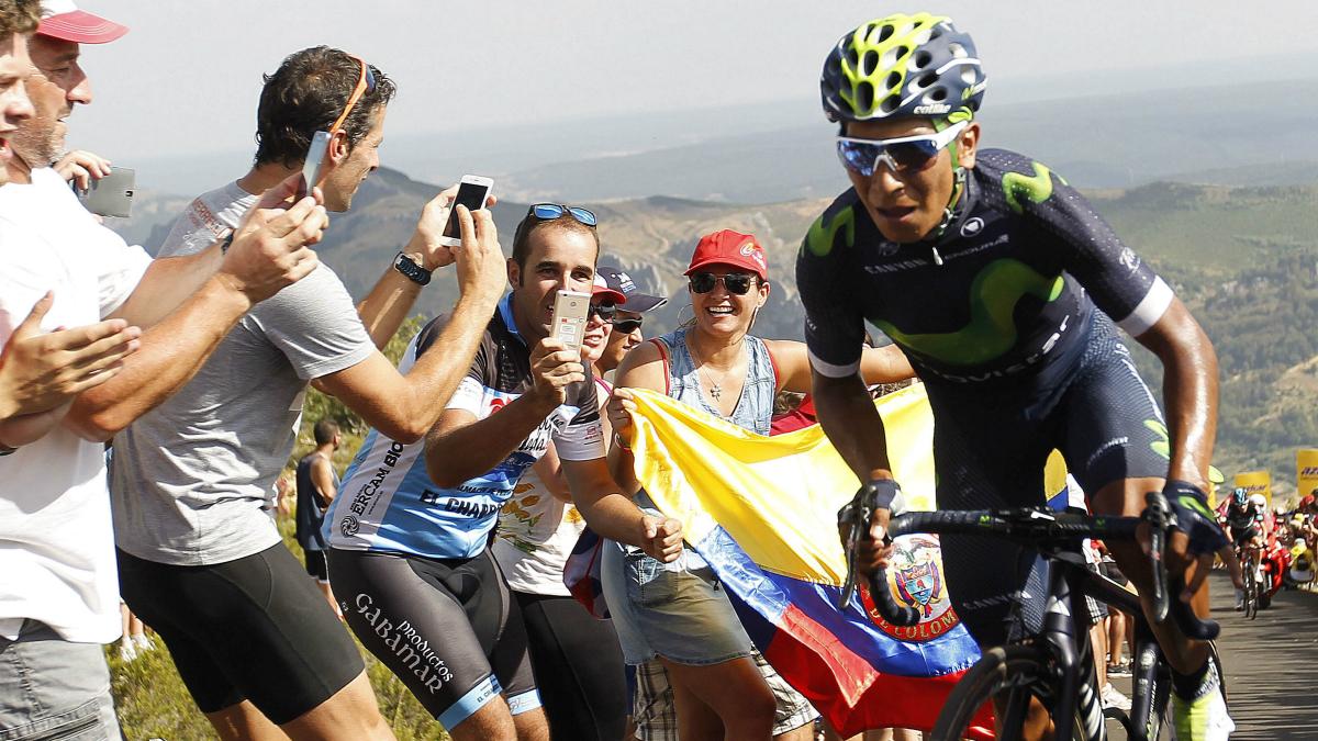Nairo Quintana, en una ascensión en la Vuelta. (EFE)