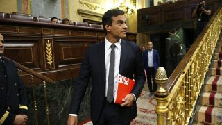 Pedro Sánchez llegando al Congreso. EFE