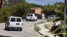 Vehículos de la Policía de Los Angeles en el domicilio de Chris Brown. (Foto: Reuters)