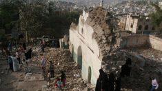 Mezquita atacada por los salafistas en Yemen (Reuters)
