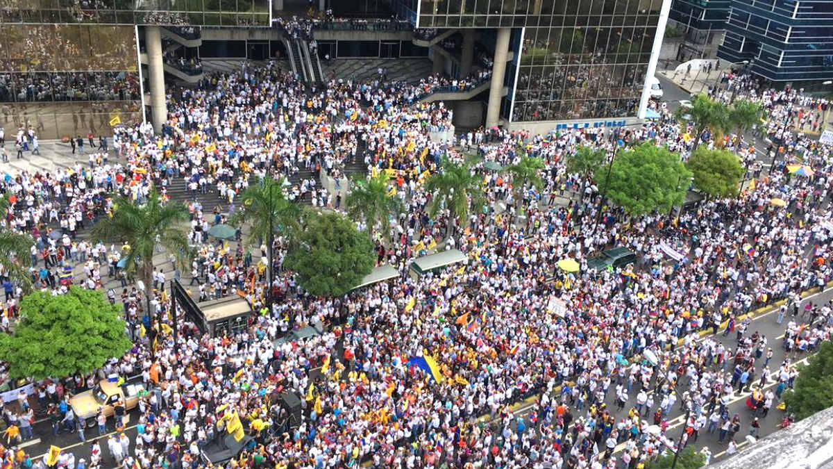 Imagen de la manifestación por las calles de Venezuela.