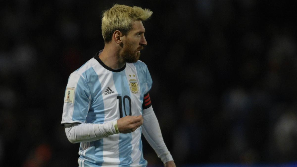 Messi, en un partido con Argentina. (AFP)