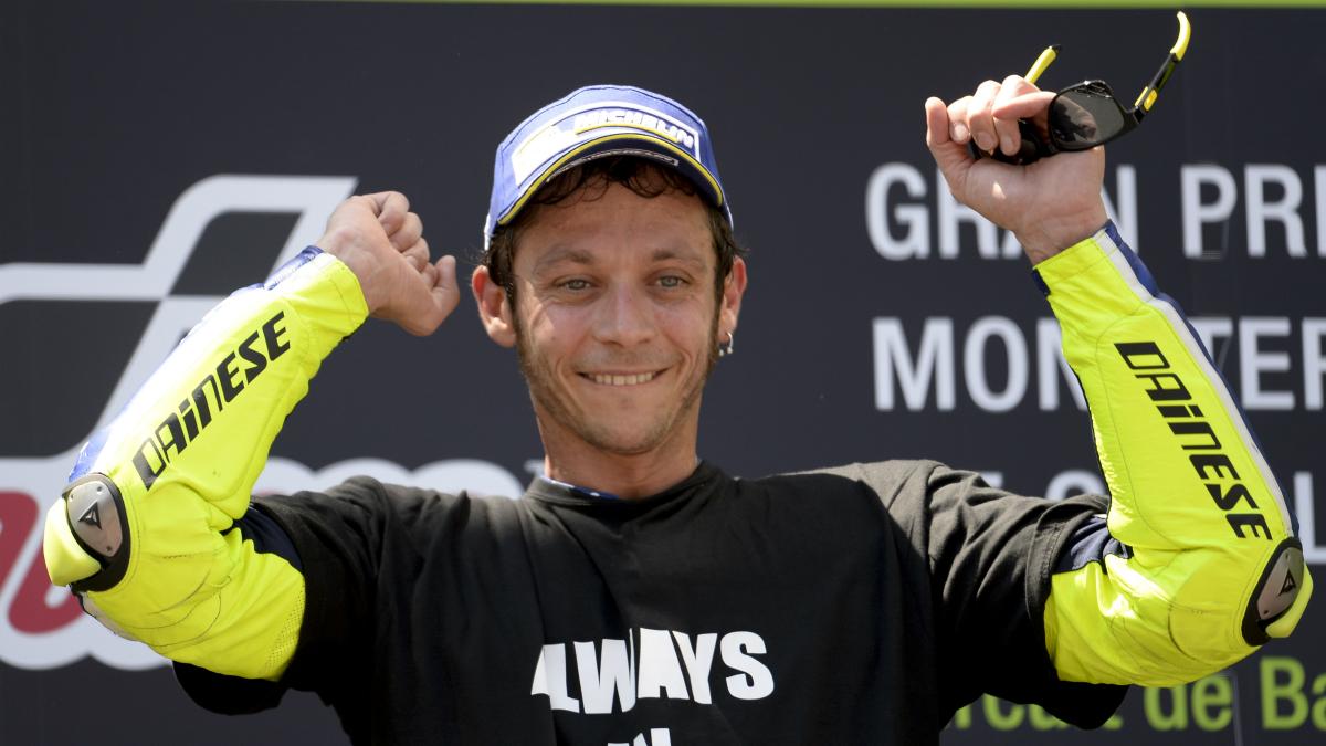 Valentino Rossi celebra una victoria. (AFP)