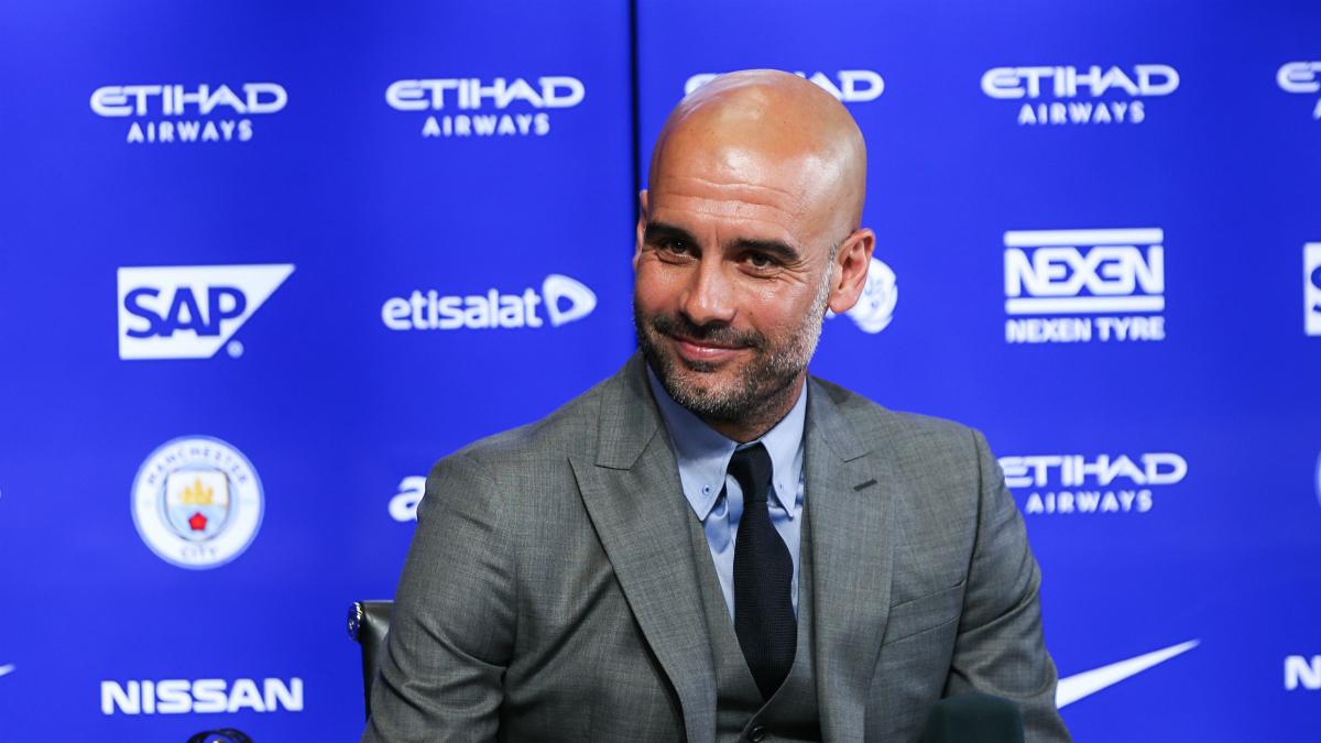 Pep Guardiola, en su primera rueda de prensa con el Manchester City