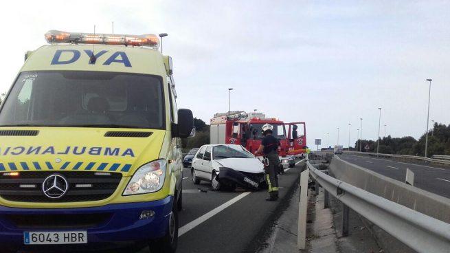 Un accidente en Castro Urdiales provoca 20 kilómetros de atasco en la A-8 dirección Bilbao