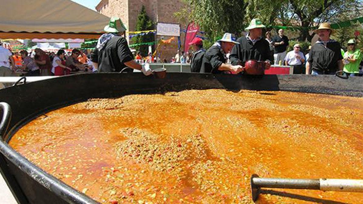 Imagen del pisto de récord cocinado en Villanueva de los Infantes.
