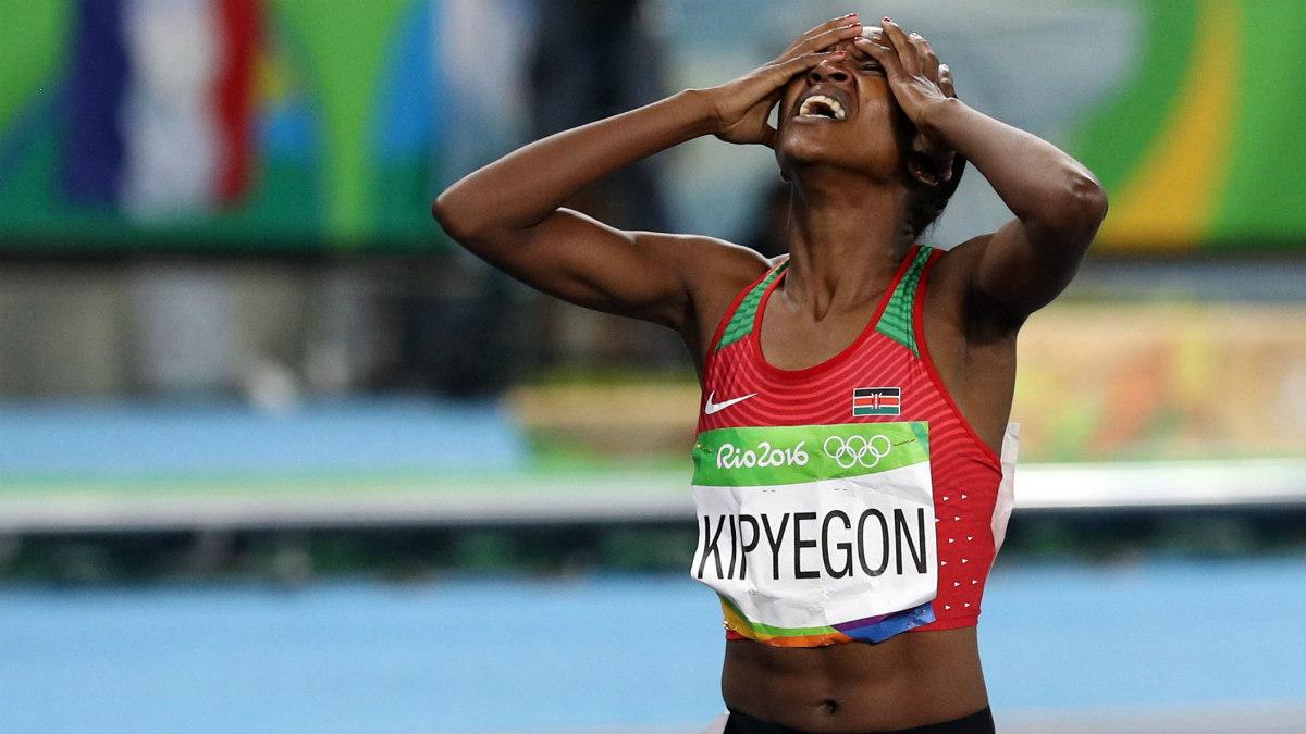 Fatih Kipyegon, tras ganar el oro en 1.500 en Río. (Reuters)