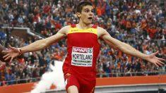 Bruno Hortelano celebra una victoria. (AFP)