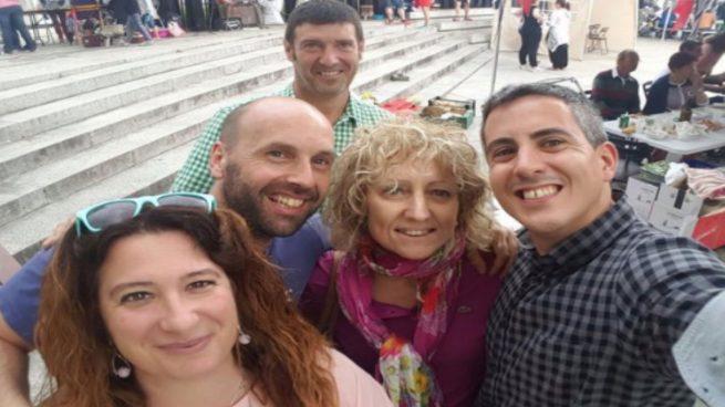 La mano derecha de la vicepresidenta de Cantabria asegura que la campaña es 'a título personal'