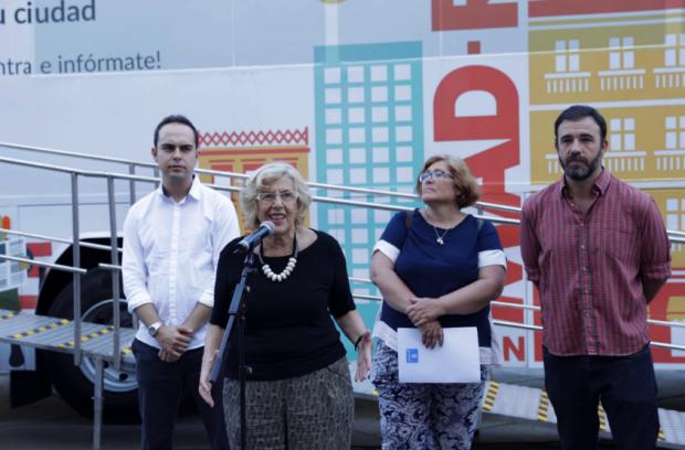 La alcaldesa Carmena interviniendo este viernes. (Foto: Madrid)