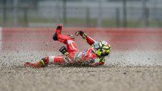 Iannone sufrió una caída en los libres. (AFP)