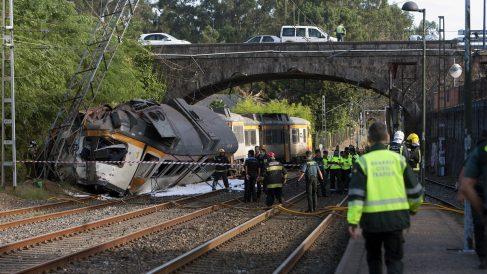 Así ha quedado el tren accidentado en Porriño. (Foto: EFE)