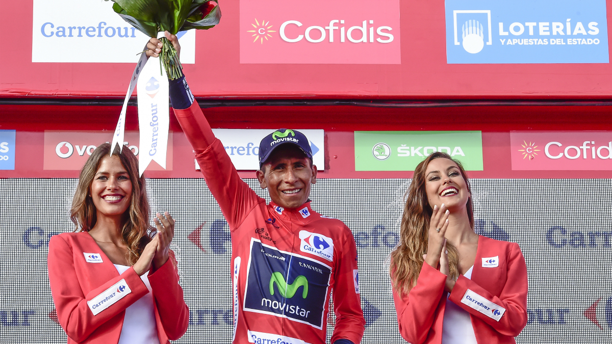 Nairo Quintana celebra su virtual triunfo en la Vuelta. (AFP)