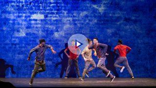 """Los bailarines de 'Flying Steps' realizan impresionantes pasos de breakdance a ritmo del compositor clásico Bach en 'Red Bull Flying Bach"""". (PATRICIA NIETO)"""