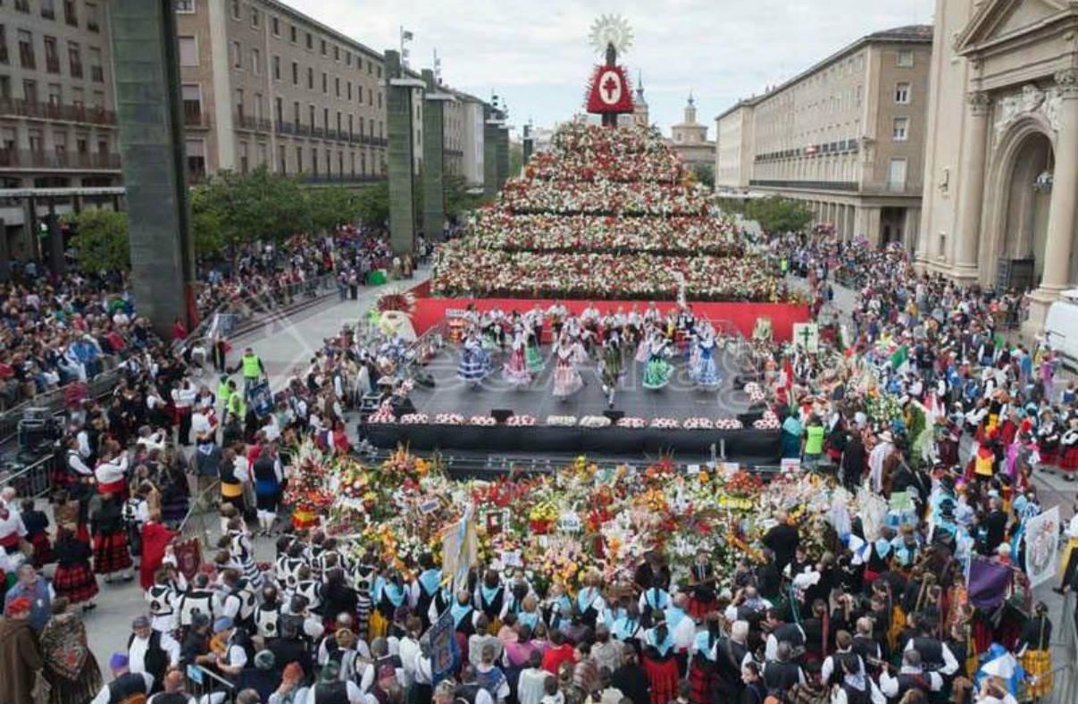 Ofrenda de Flores Fiestas del Pilar