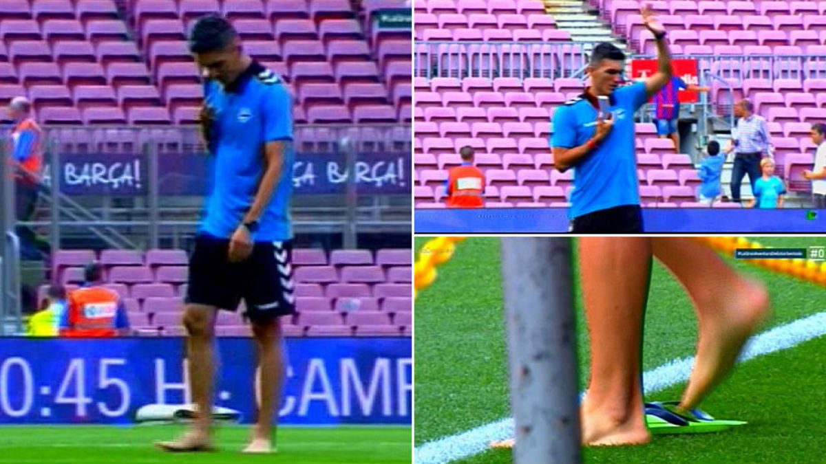 Daniel Torres camina descalzo por el césped del Camp Nou. (Foto: El día después)